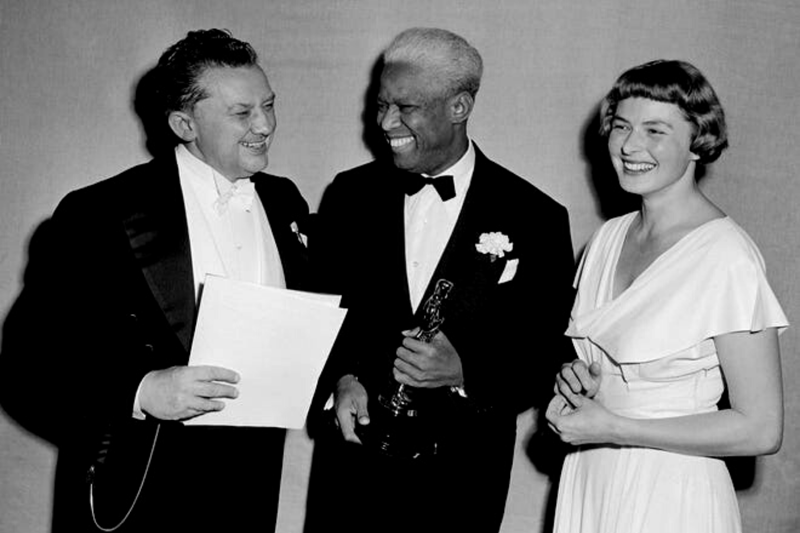 James Baskett receives an Oscar for best actor.